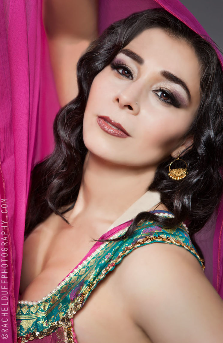 Parya Saberi: Why Don't Belly Dancers Warm Up Before Performance